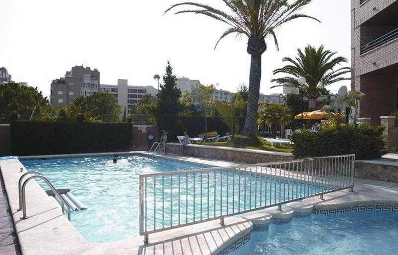 La Caseta - Pool - 2