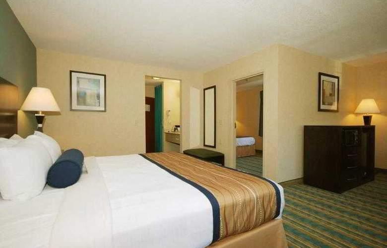 Berkshire Hills Inn & Suites - Hotel - 37
