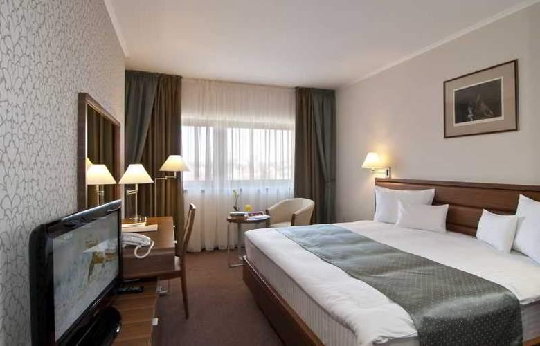Ramada Cluj Hotel - Room - 11