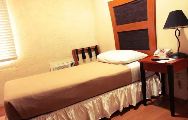 Creekside Amorsolo Hotel - Hotel - 10