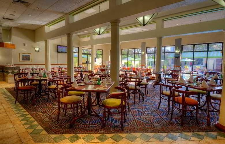 Holiday Inn Harare - Restaurant - 10