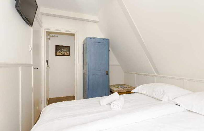 Teun - Room - 10