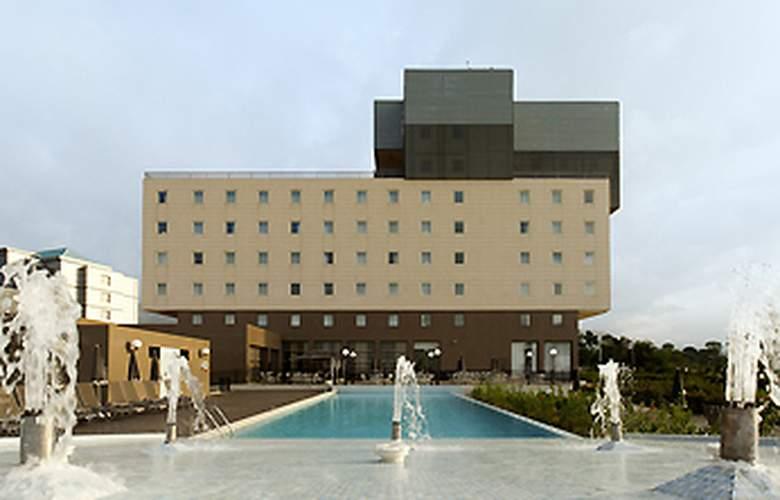 Ibis Malabo - Hotel - 0