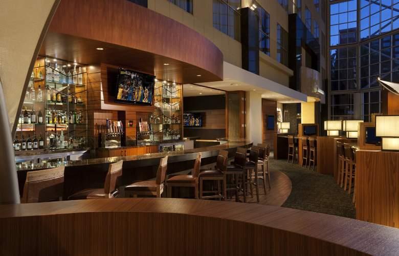 Hyatt Regency Orange County - Bar - 4