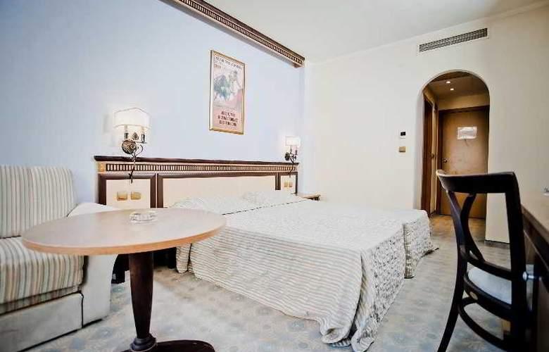 Andalucia Beach - Room - 8