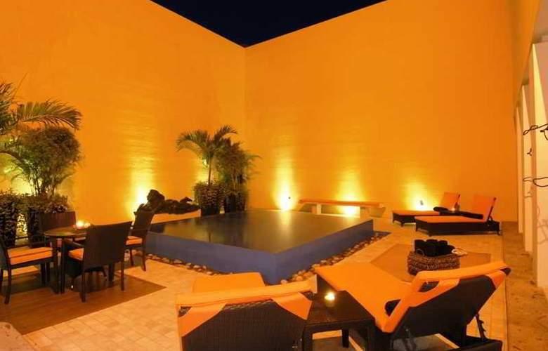 Villa Azalea Inn & Organic Farm - Hotel - 4