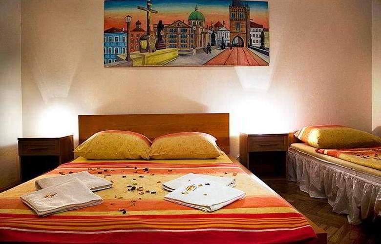 Casa Italia - Room - 6