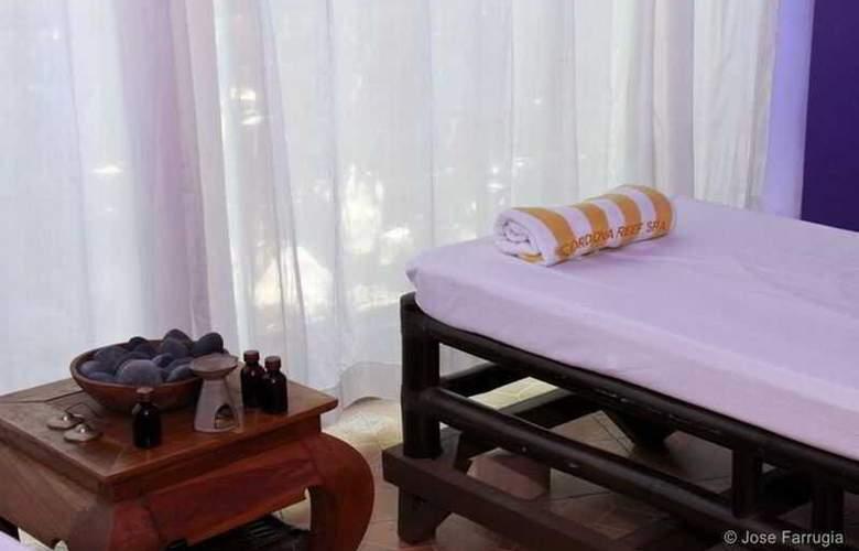 Cordova Reef Village Resort - Hotel - 3