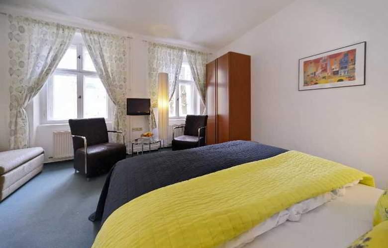 Old Town Hotel Greifswalder Strasse - Room - 11