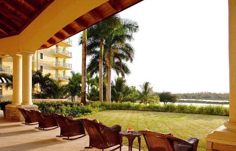 The Ritz-Carlton Golf Resort, Naples - Terrace - 6