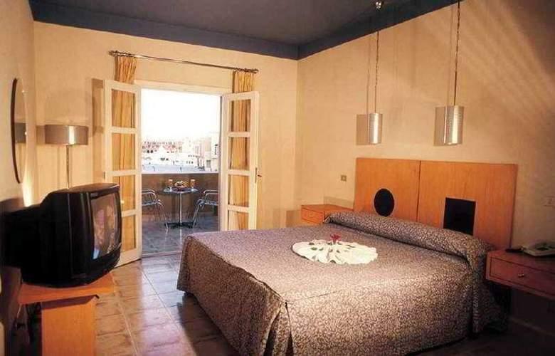 Captains Inn - Room - 3
