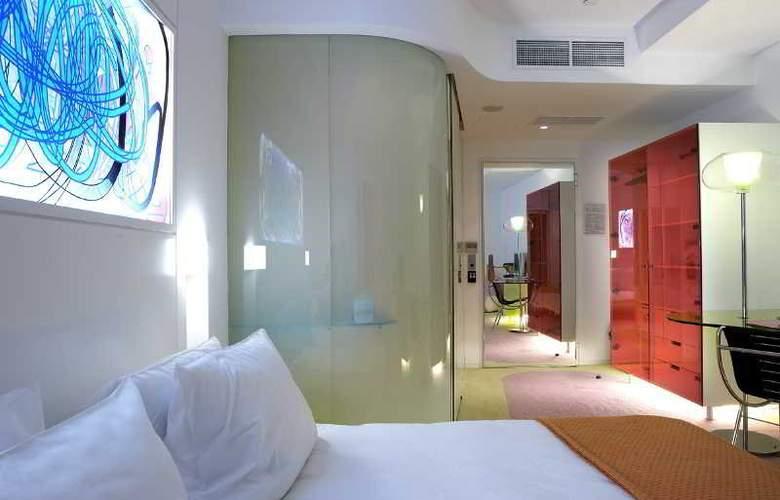 Semiramis - Room - 12