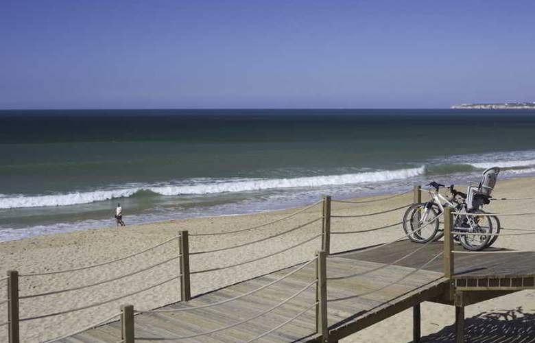 Salgados Dunas Suites - Beach - 8