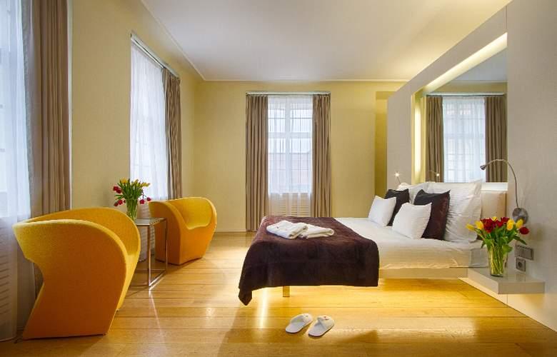 Three Storks Hotel - Room - 0