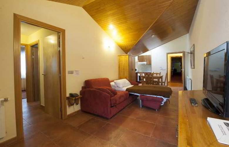 Apartamentos Sant Moritz - Hotel - 13