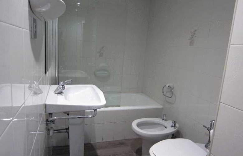 Acebos-Azabache Gijón - Room - 5