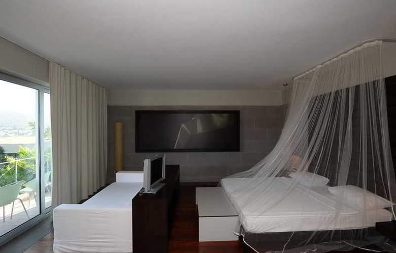 Maki - Room - 3