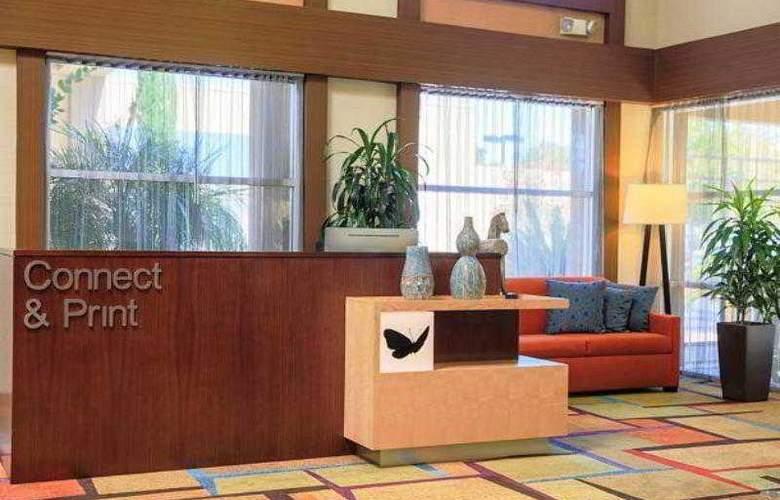 Fairfield Inn & Suites San Jose Airport - Hotel - 14
