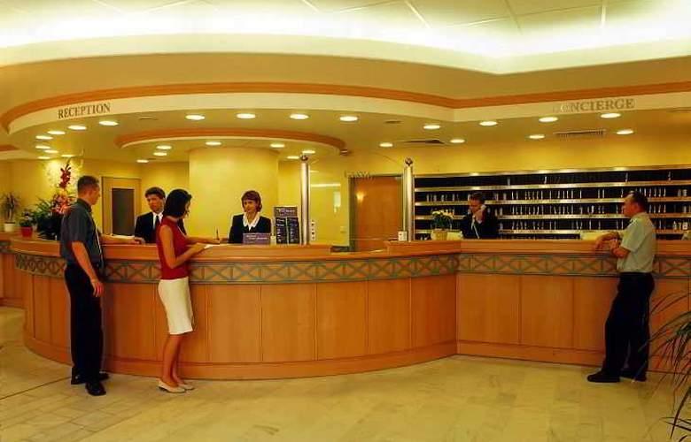 Danubius Hotel Arena - General - 6