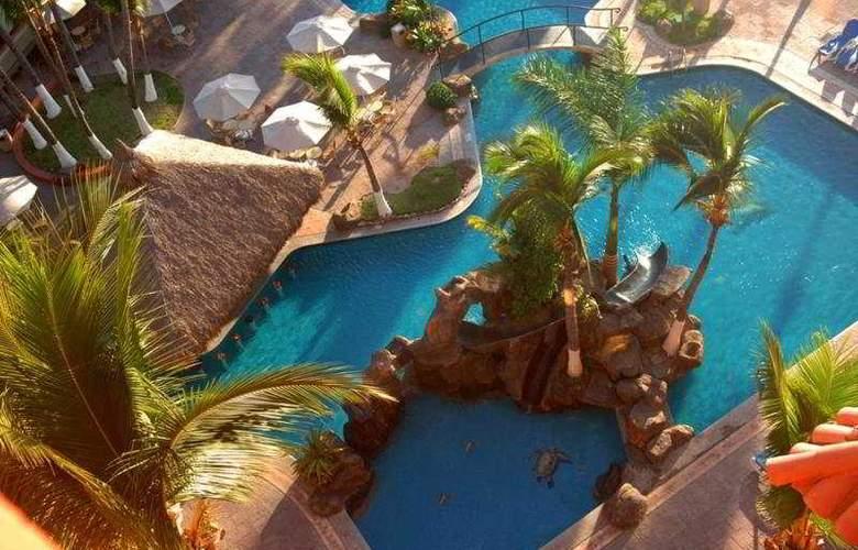 Suites Luna Palace - Pool - 6