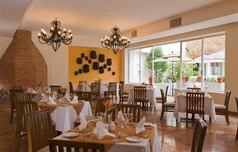 Oasis Palm - Restaurant - 12
