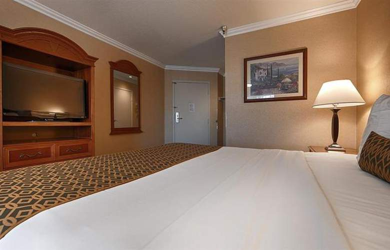 Best Western Airpark Hotel - Room - 38