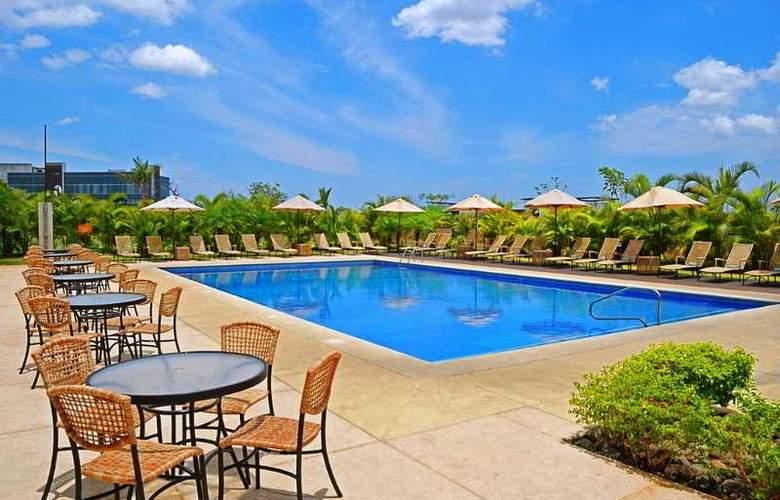 Hilton Garden Inn Liberia Airport - Pool - 31