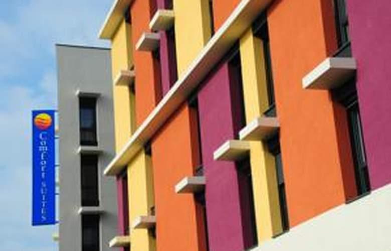 Comfort Suites Lyon Est Eurexpo - Hotel - 0