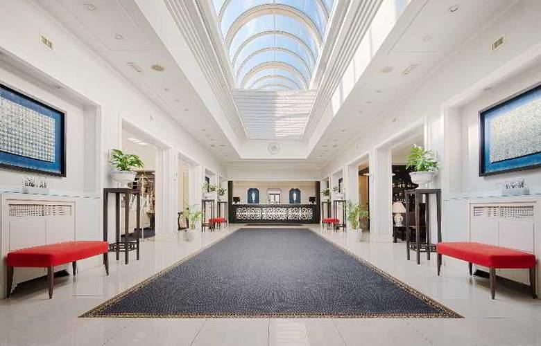 NH Parco Degli Aragonesi - Hotel - 10