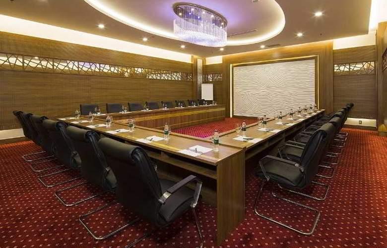 Muong Thanh Nha Trang Centre Hotel - Conference - 56