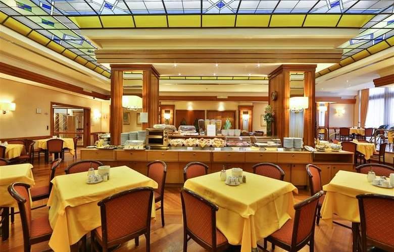 President - Restaurant - 93
