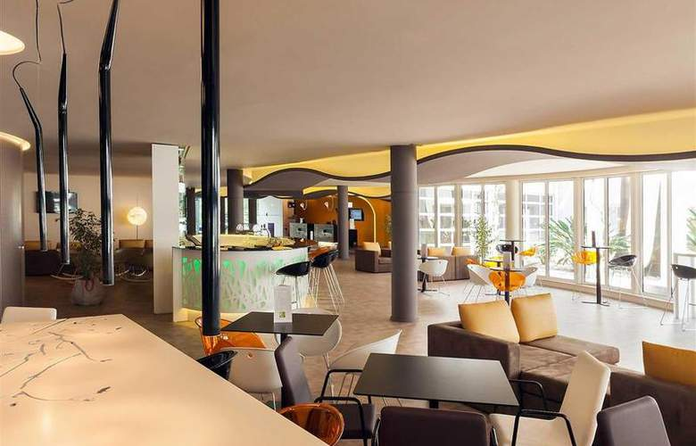 Novotel Setubal - Bar - 57