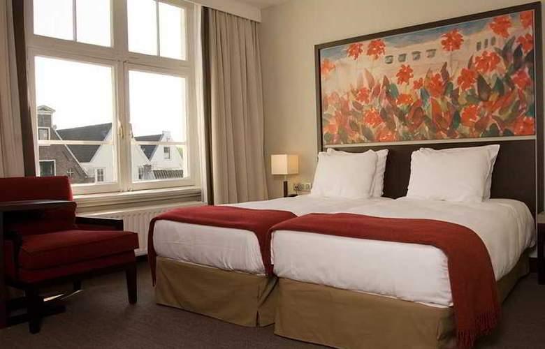 NH Schiller - Room - 4