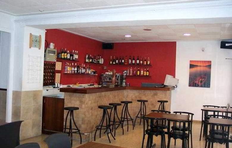 Regina - Bar - 3