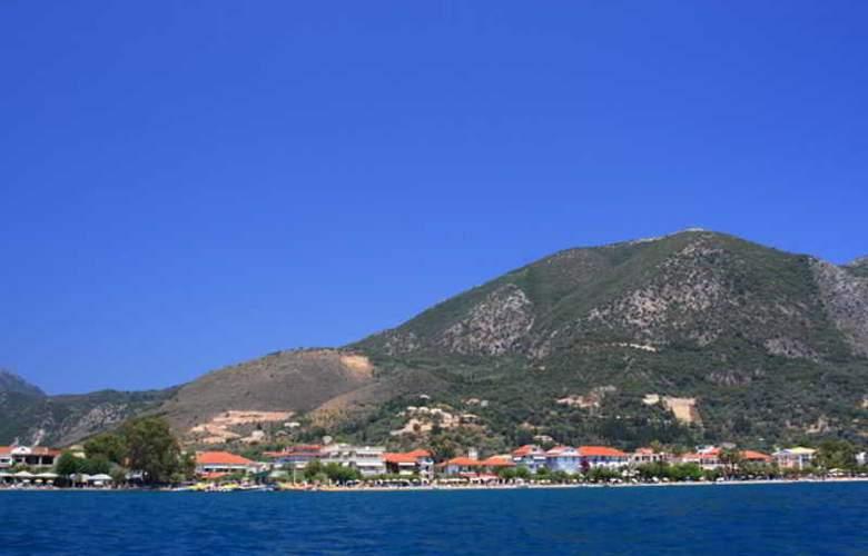 Athos - Beach - 13