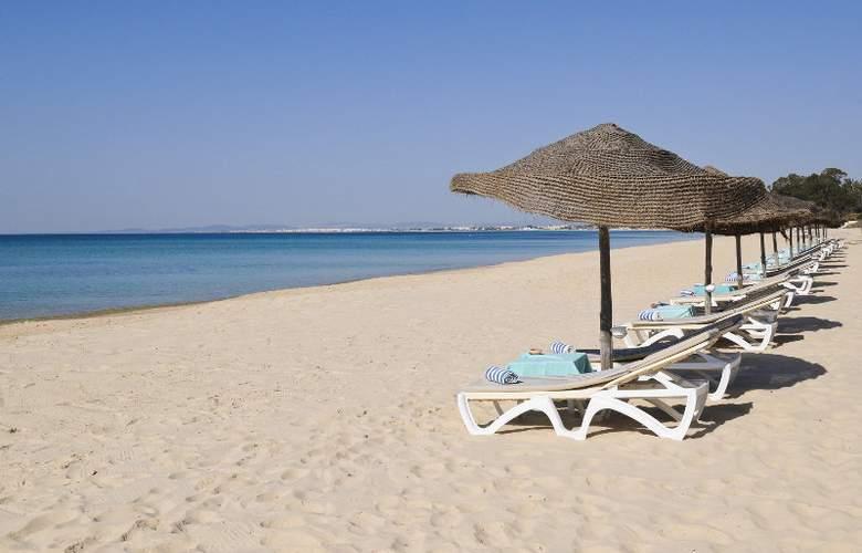 Sindbad - Beach - 6