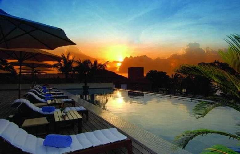 Hyatt Regency Dar es Salaam - The Kilimanjaro - Pool - 8