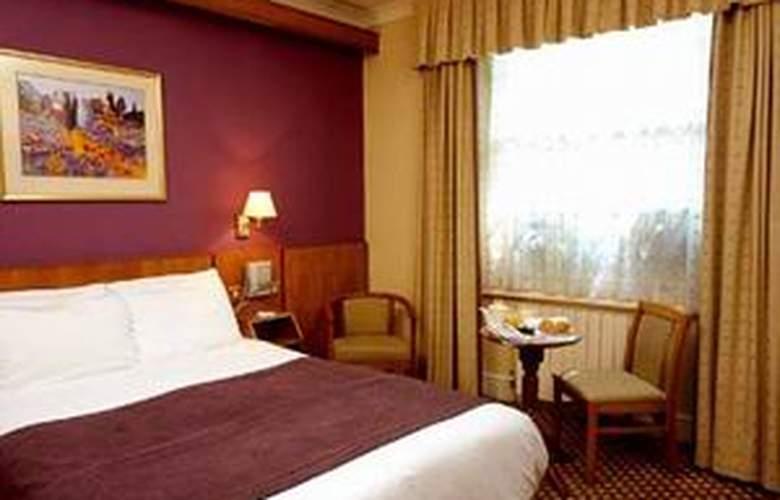 Delmere Hotel - Room - 1