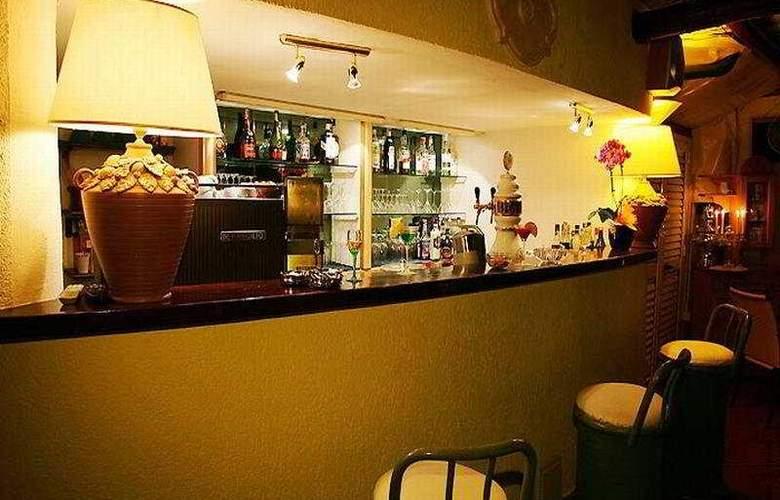 Lord Byron - Bar - 7