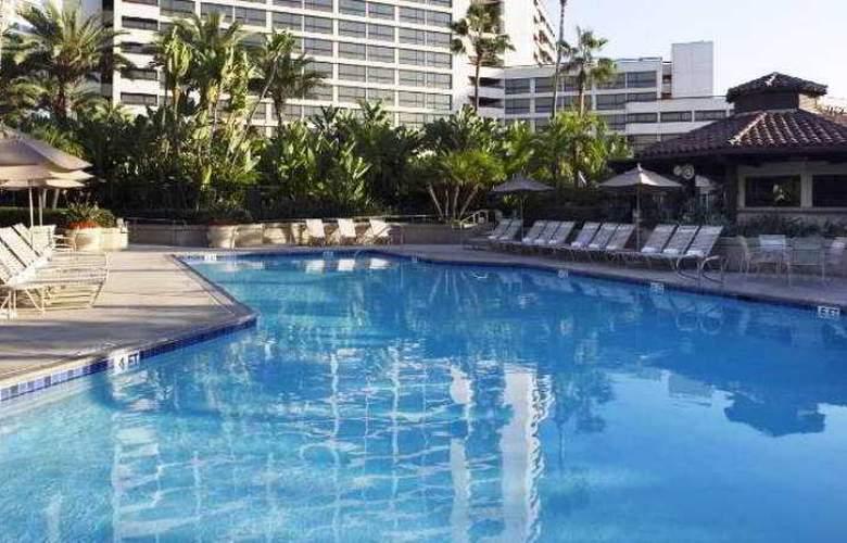 Hyatt Regency Irvine - Pool - 10