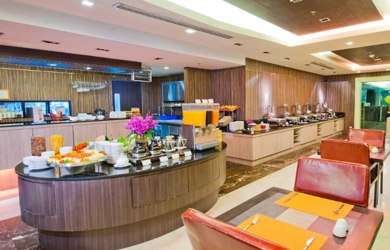 Kingston Suites - Restaurant - 14