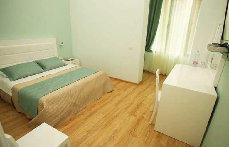 White City - Room - 5