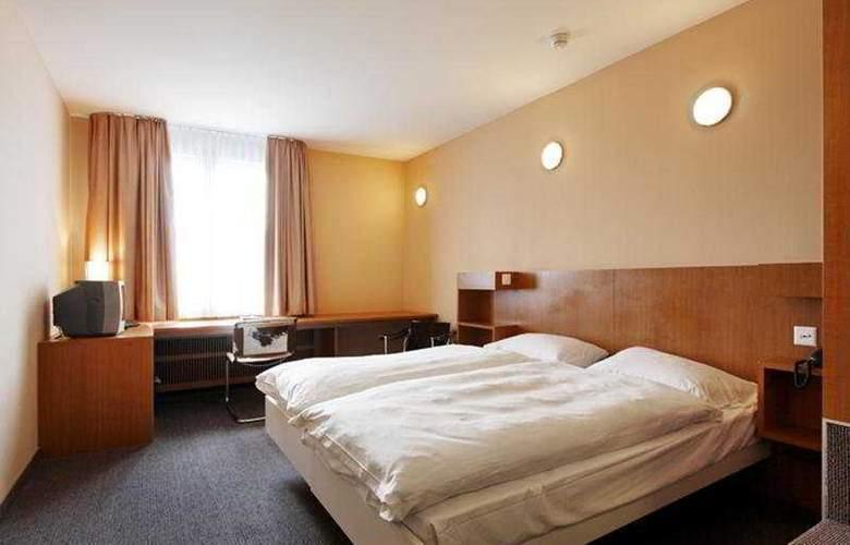 Cornavin - Room - 2