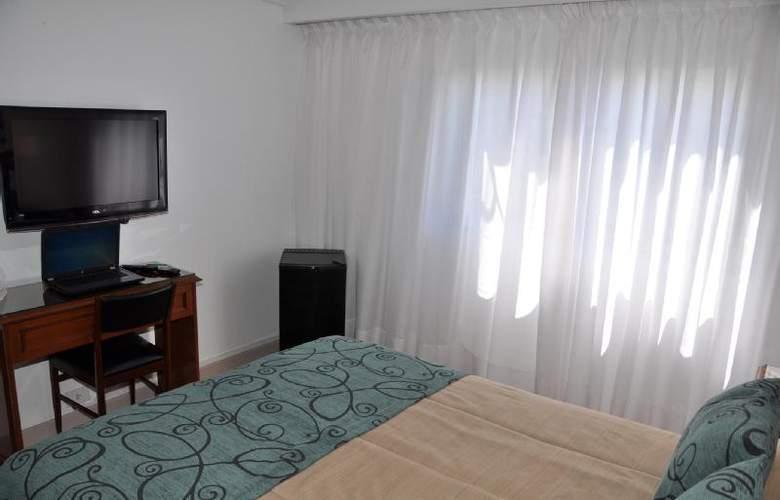 Gran Hotel Buenos Aires - Room - 5