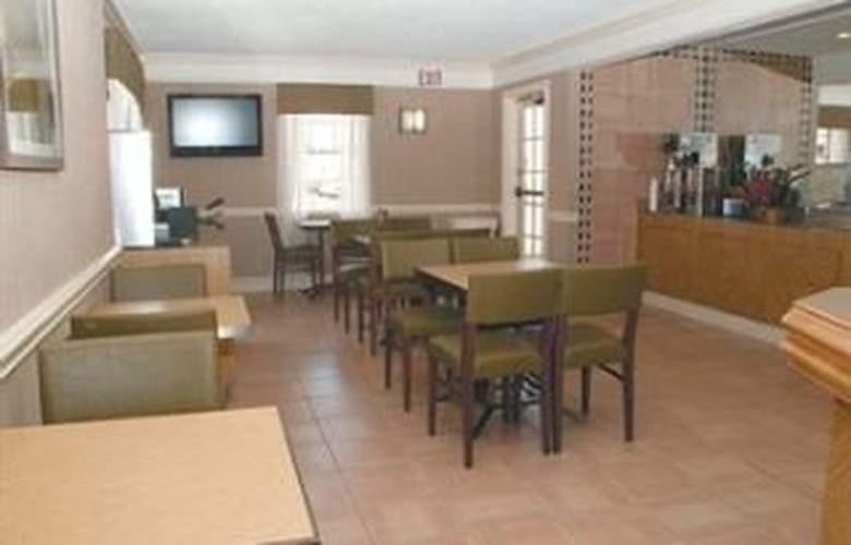 La Quinta Inn San Antonio South - Restaurant - 8