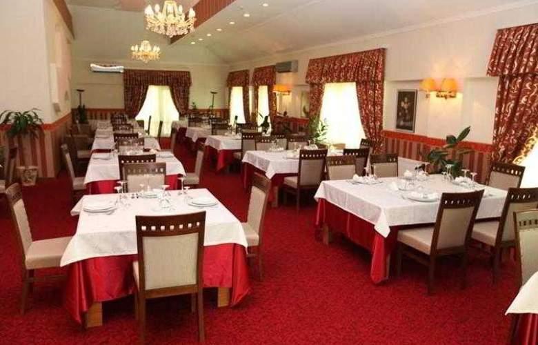 Happy Inn - Restaurant - 9