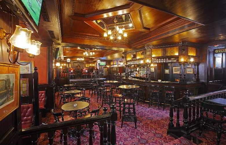 Cairo Marriott Hotel & Omar Khayyam Casino - Bar - 8