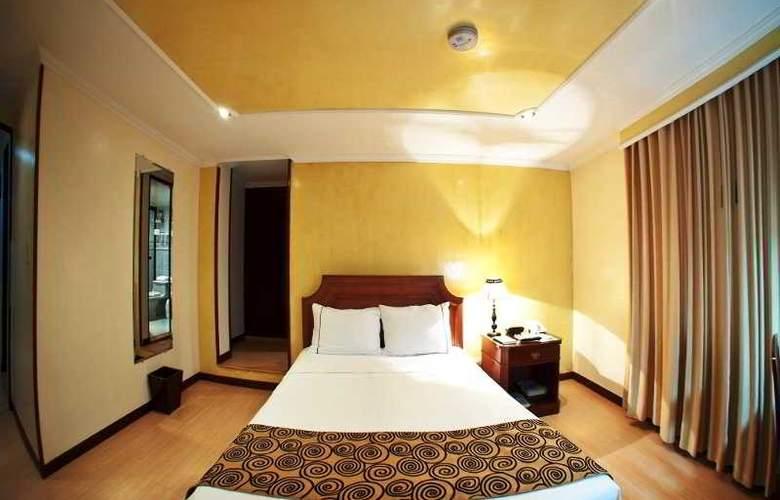 Centro Internacional - Room - 3