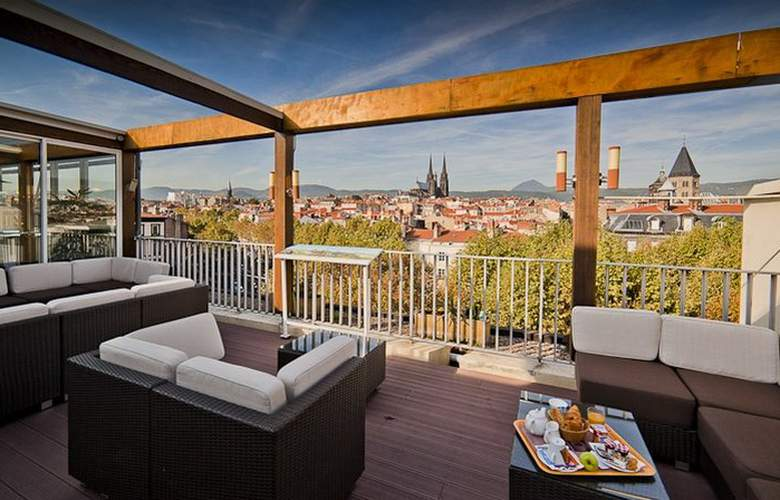 Inter Hotel Des Puys - Terrace - 1