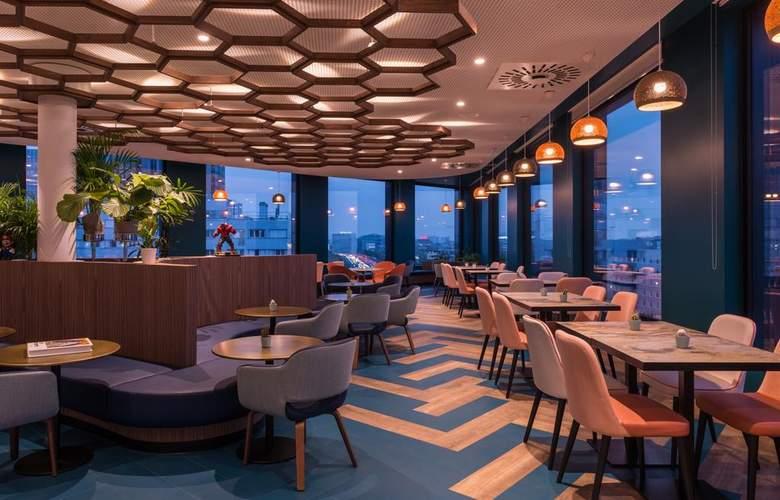 Hotel The Originals Paris Maison Montmartre - Bar - 9